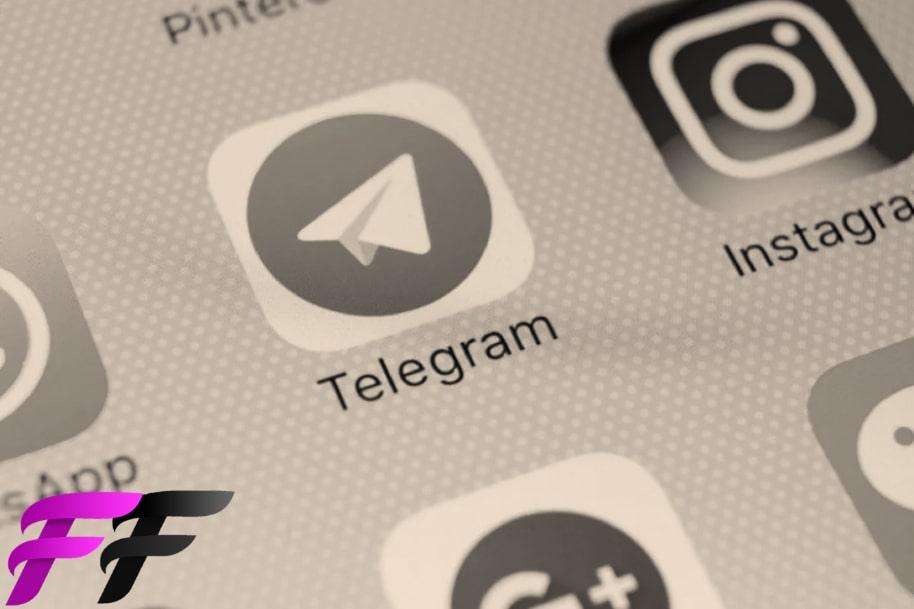Compare Telegram to WhatsApp